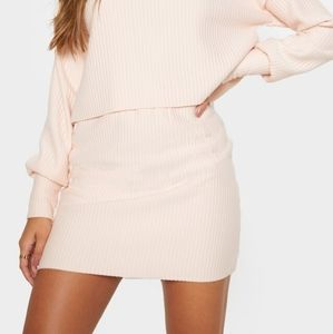 Ribbed Mini Skirt • MEDIUM | PRETTY LITTLE THING